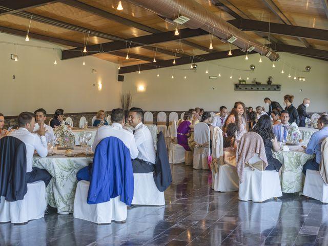 La boda de Fernanda y Maria en Naveces, Asturias 14