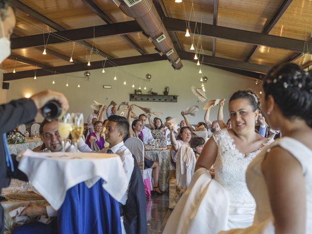 La boda de Fernanda y Maria en Naveces, Asturias 15