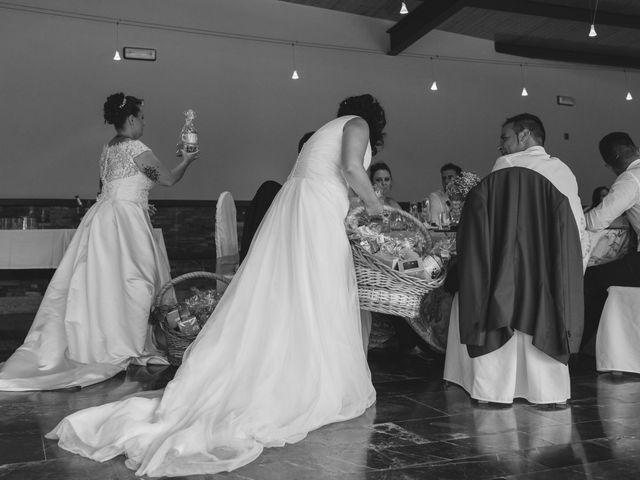 La boda de Fernanda y Maria en Naveces, Asturias 18