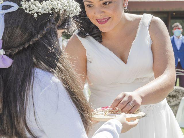 La boda de Fernanda y Maria en Naveces, Asturias 23