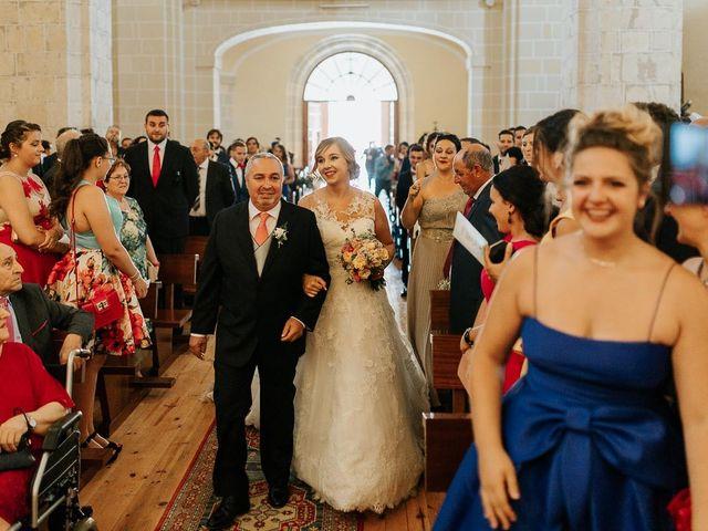 La boda de Javier y Mireya en Villabragima, Valladolid 43