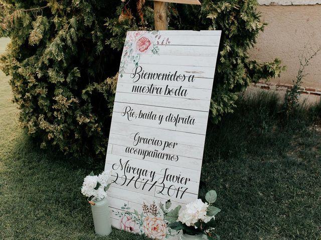 La boda de Javier y Mireya en Villabragima, Valladolid 70