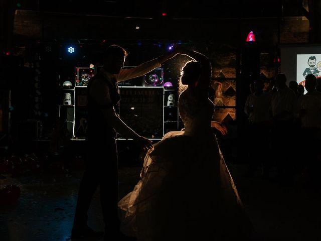 La boda de Javier y Mireya en Villabragima, Valladolid 86
