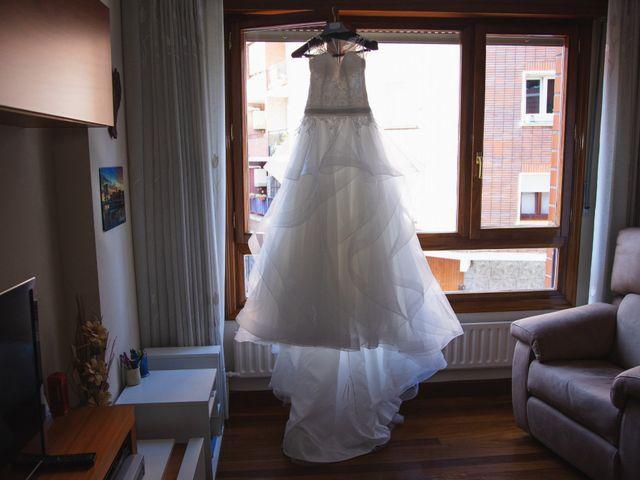La boda de Sergio y Nagore en Bermeo, Vizcaya 13