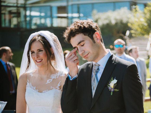 La boda de Sergio y Nagore en Bermeo, Vizcaya 23