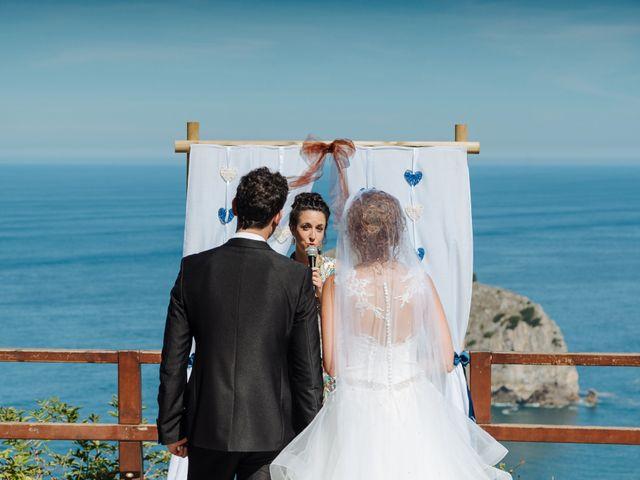 La boda de Sergio y Nagore en Bermeo, Vizcaya 24