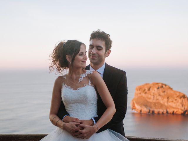 La boda de Sergio y Nagore en Bermeo, Vizcaya 32