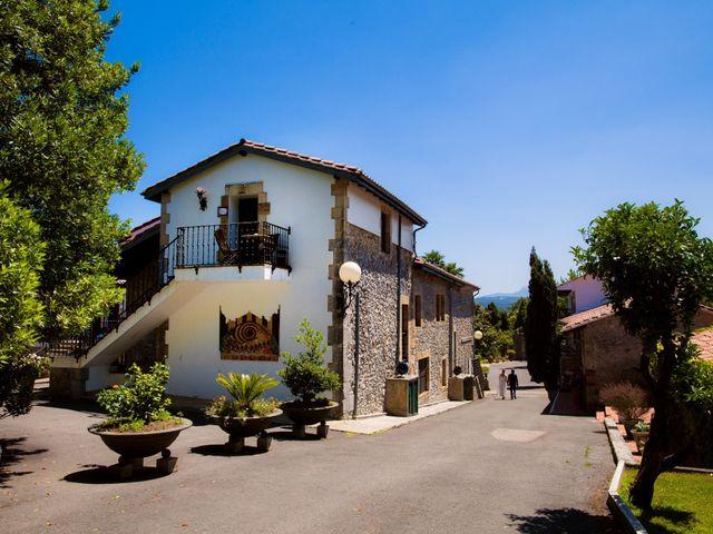 La boda de Jean-Michel y Elena en Escalante, Cantabria 26