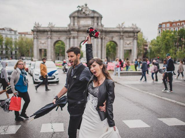 La boda de Guille y Mary en Madrid, Madrid 128