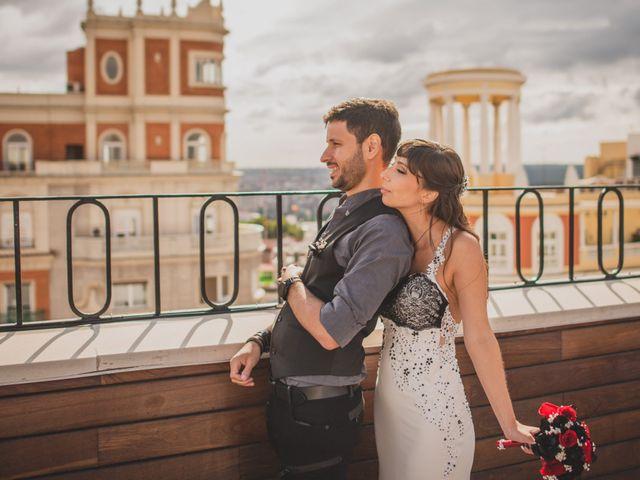 La boda de Guille y Mary en Madrid, Madrid 195