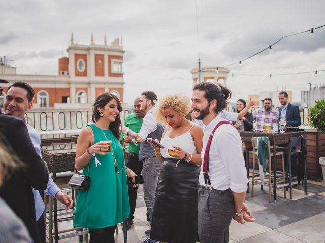 La boda de Guille y Mary en Madrid, Madrid 208