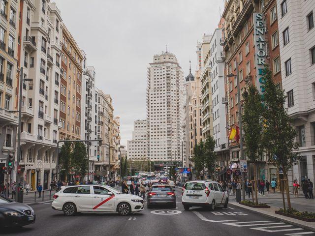 La boda de Guille y Mary en Madrid, Madrid 244