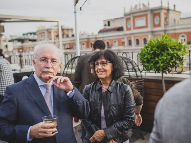 La boda de Guille y Mary en Madrid, Madrid 260