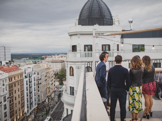 La boda de Guille y Mary en Madrid, Madrid 297