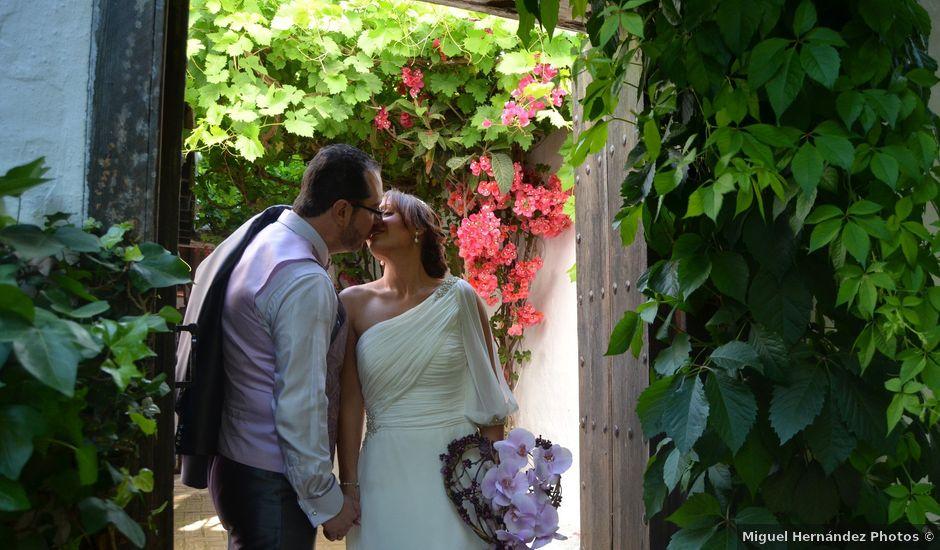 La boda de Rafael y Macarena en Alcala De Guadaira, Sevilla