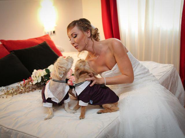 La boda de Adrián y Vanessa en Alacant/alicante, Alicante 31