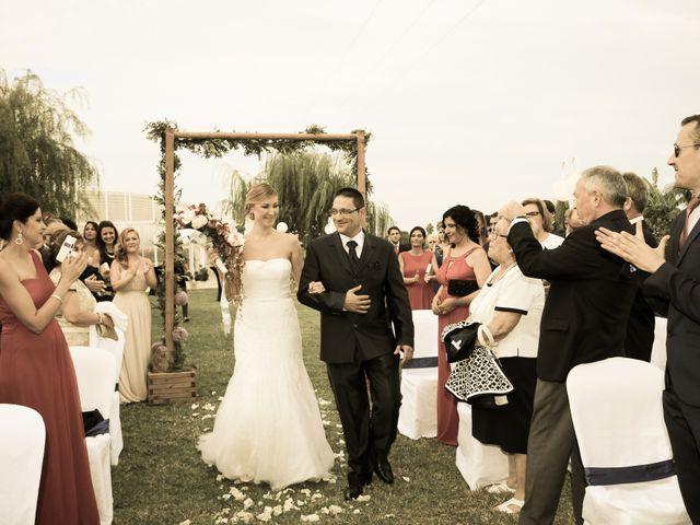 La boda de Adrián y Vanessa en Alacant/alicante, Alicante 35