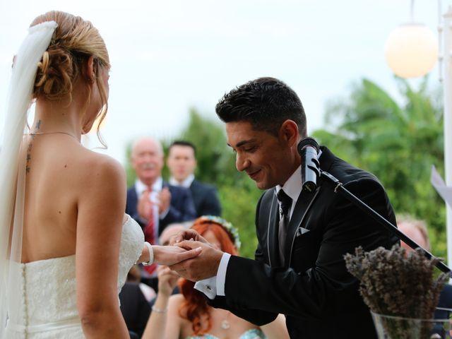 La boda de Adrián y Vanessa en Alacant/alicante, Alicante 56