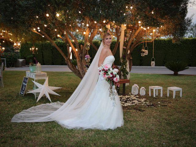 La boda de Adrián y Vanessa en Alacant/alicante, Alicante 72