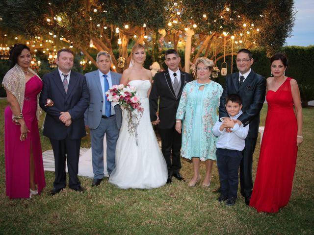 La boda de Adrián y Vanessa en Alacant/alicante, Alicante 75