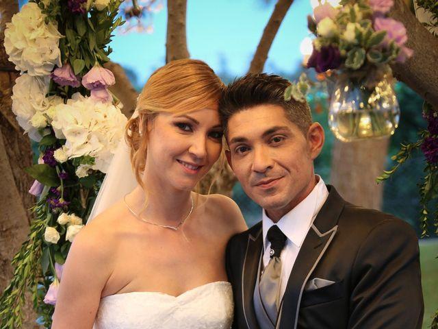 La boda de Adrián y Vanessa en Alacant/alicante, Alicante 76