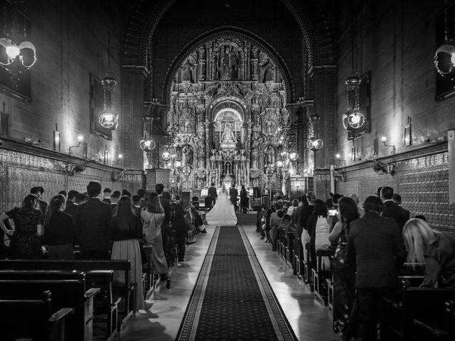 La boda de Carmona y Julia en Utrera, Sevilla 32