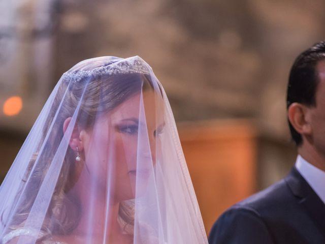 La boda de Carmona y Julia en Utrera, Sevilla 33