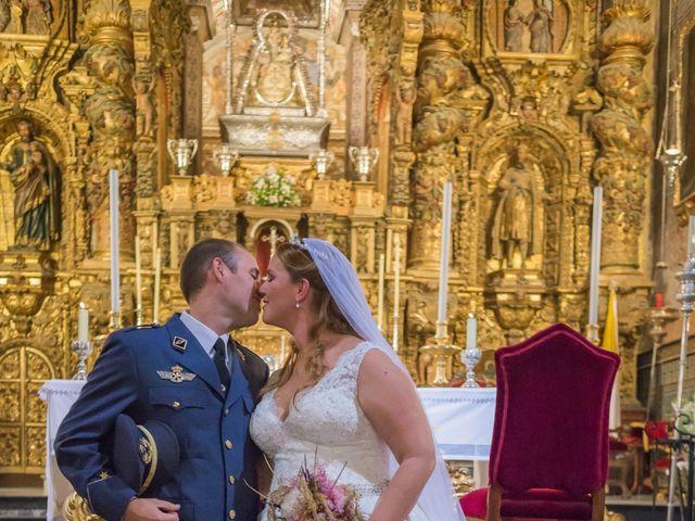 La boda de Carmona y Julia en Utrera, Sevilla 42