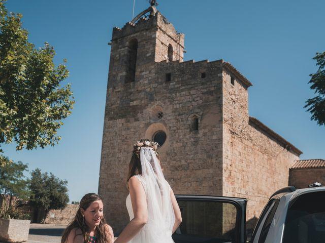 La boda de Adrian y Agathe en Bascara, Girona 27