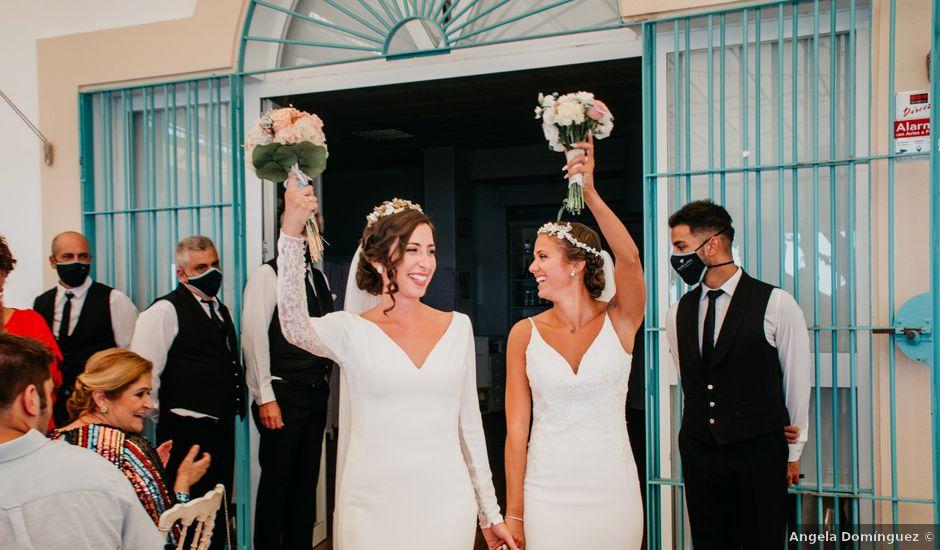 La boda de María Ángeles y Nerea en El Rompido, Huelva