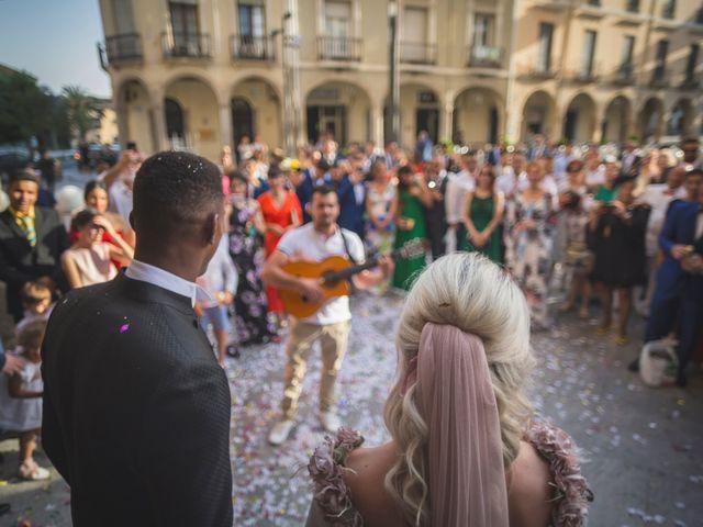 La boda de Jair y Elena en Villanueva De La Serena, Badajoz 12