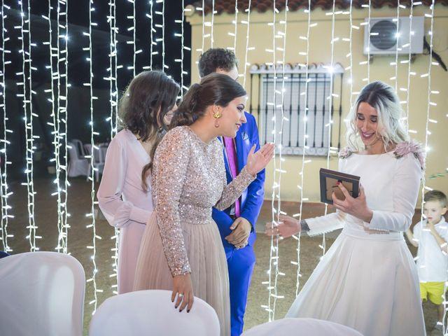 La boda de Jair y Elena en Villanueva De La Serena, Badajoz 21