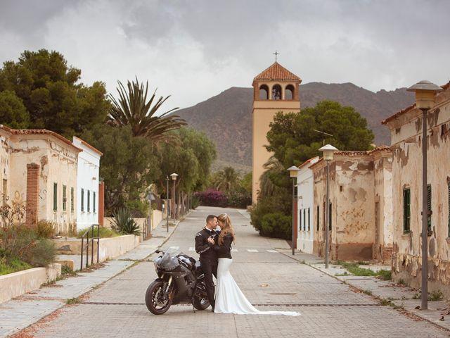 La boda de Ismael y Elvira en Almería, Almería 13