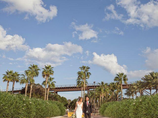 La boda de Ismael y Elvira en Almería, Almería 32