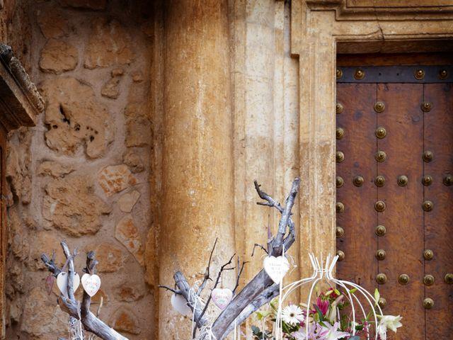 La boda de Juan Carlos y Miriam en Casas De Los Pinos, Cuenca 11