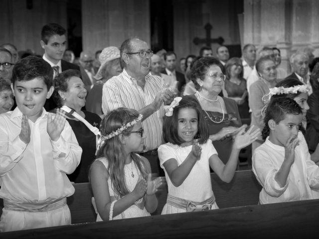 La boda de Juan Carlos y Miriam en Casas De Los Pinos, Cuenca 16