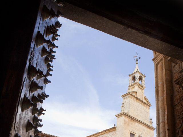 La boda de Juan Carlos y Miriam en Casas De Los Pinos, Cuenca 19