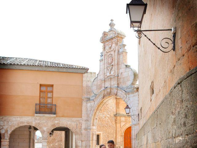 La boda de Juan Carlos y Miriam en Casas De Los Pinos, Cuenca 21