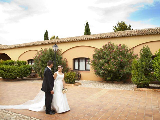 La boda de Juan Carlos y Miriam en Casas De Los Pinos, Cuenca 26