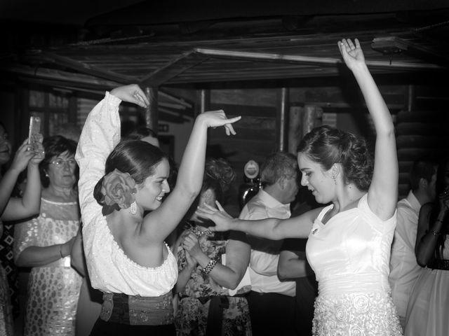La boda de Juan Carlos y Miriam en Casas De Los Pinos, Cuenca 41