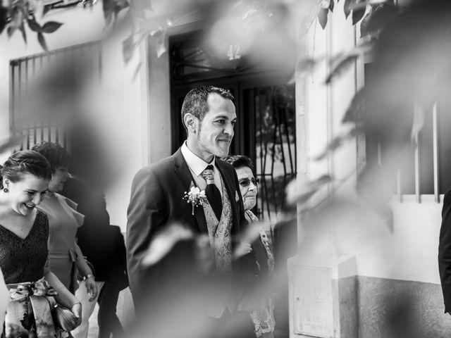 La boda de Rafa y Charo en Madrid, Madrid 21