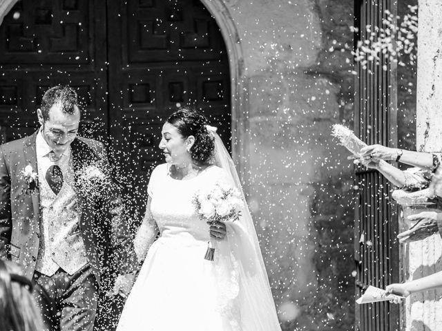 La boda de Rafa y Charo en Madrid, Madrid 29