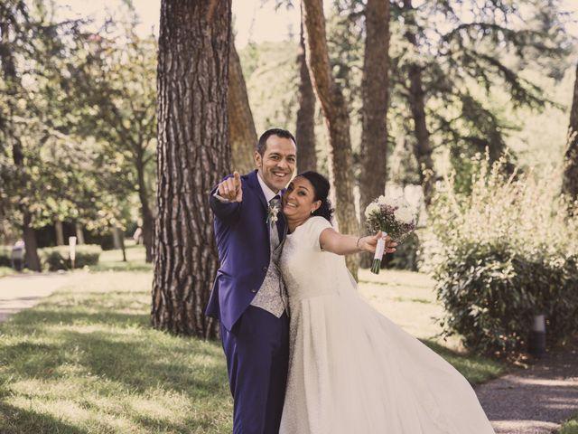 La boda de Rafa y Charo en Madrid, Madrid 32