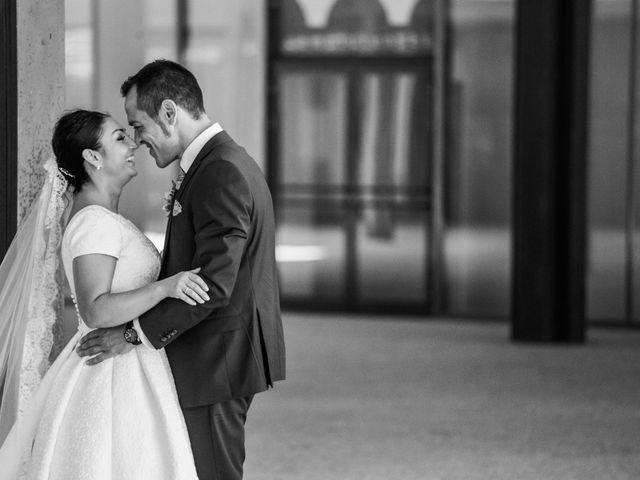 La boda de Rafa y Charo en Madrid, Madrid 35