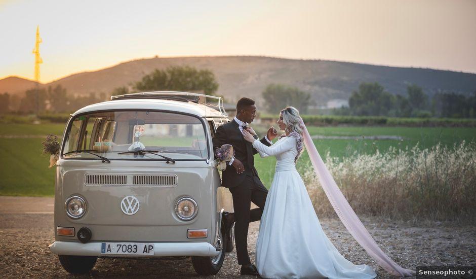 La boda de Jair y Elena en Villanueva De La Serena, Badajoz