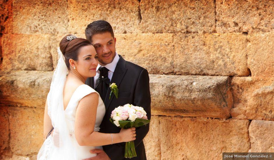 La boda de Juan Carlos y Miriam en Casas De Los Pinos, Cuenca