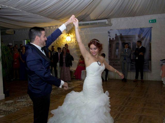 La boda de Daniel y Macarena en Sevilla, Sevilla 10