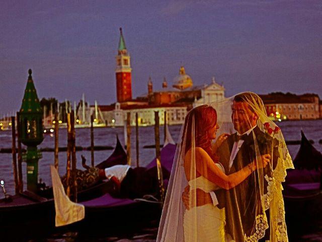 La boda de Daniel y Macarena en Sevilla, Sevilla 20
