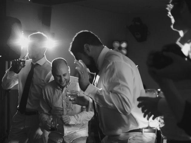 La boda de Rob y Ruby en Sant Vicenç De Montalt, Barcelona 27