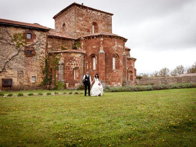 La boda de Borja y Estela en Santa Maria De Mave, Palencia 37